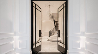 Entrance and hallway at 42 Belsize Park, ©Galliard Homes.