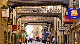 View of Shad Thames, ©Galliard Homes.
