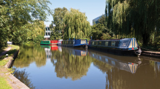 Grand Union Canal in Kings Langley, ©Galliard Homes.