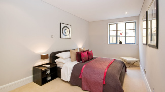 Bedroom at a Spice Quay Heights show apartment, ©Galliard Homes.