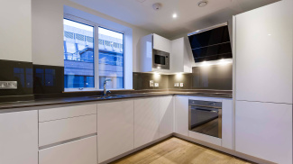 Kitchen at a Red Lion Court show apartment, ©Galliard Homes.
