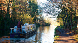 Grand Union Canal in Hayes, ©Galliard Homes.