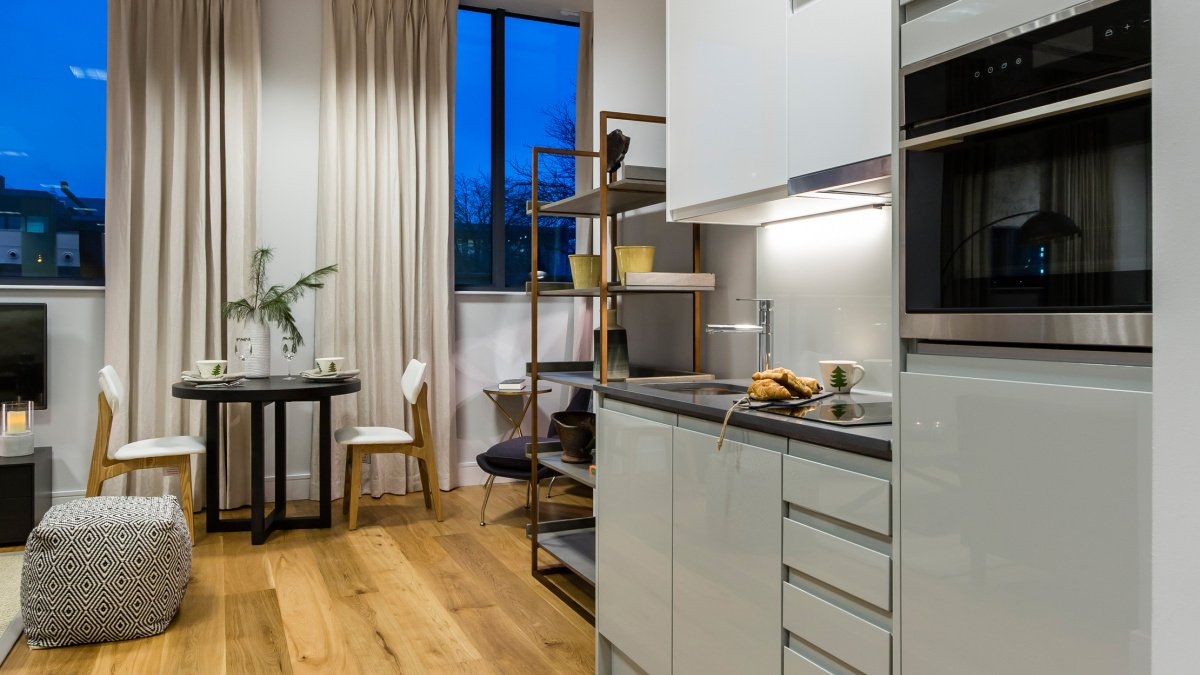 A typical kitchen, living and dining area at a Galliard Homes show apartment, ©Galliard Homes.