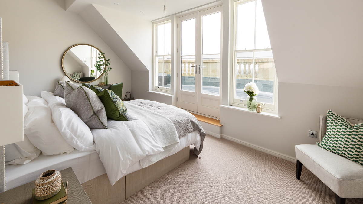Bedroom in penthouse F5 at Hope House, ©Acorn Property Group.