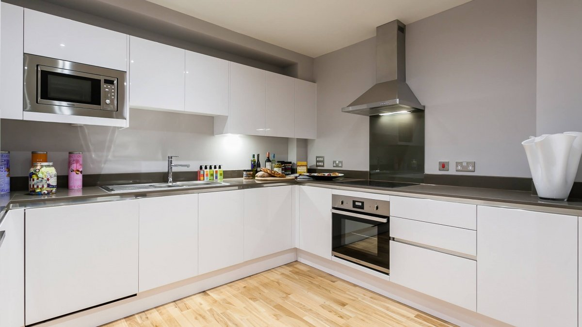 Kitchen area in a Galliard Homes apartment, ©Galliard Homes.