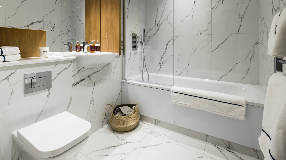 Bathroom at a Wimbledon Grounds apartment, ©Galliard Homes.