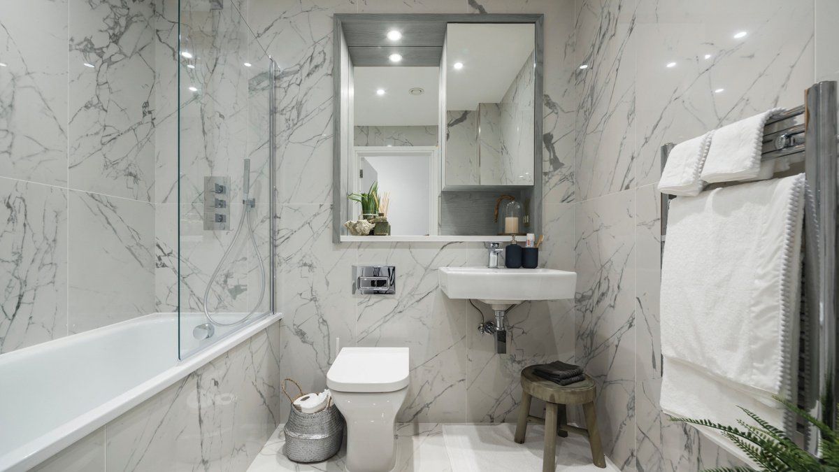 Bathroom at a Galliard Homes apartment, computer generated image intended for illustrative purposes only, ©Galliard Homes.