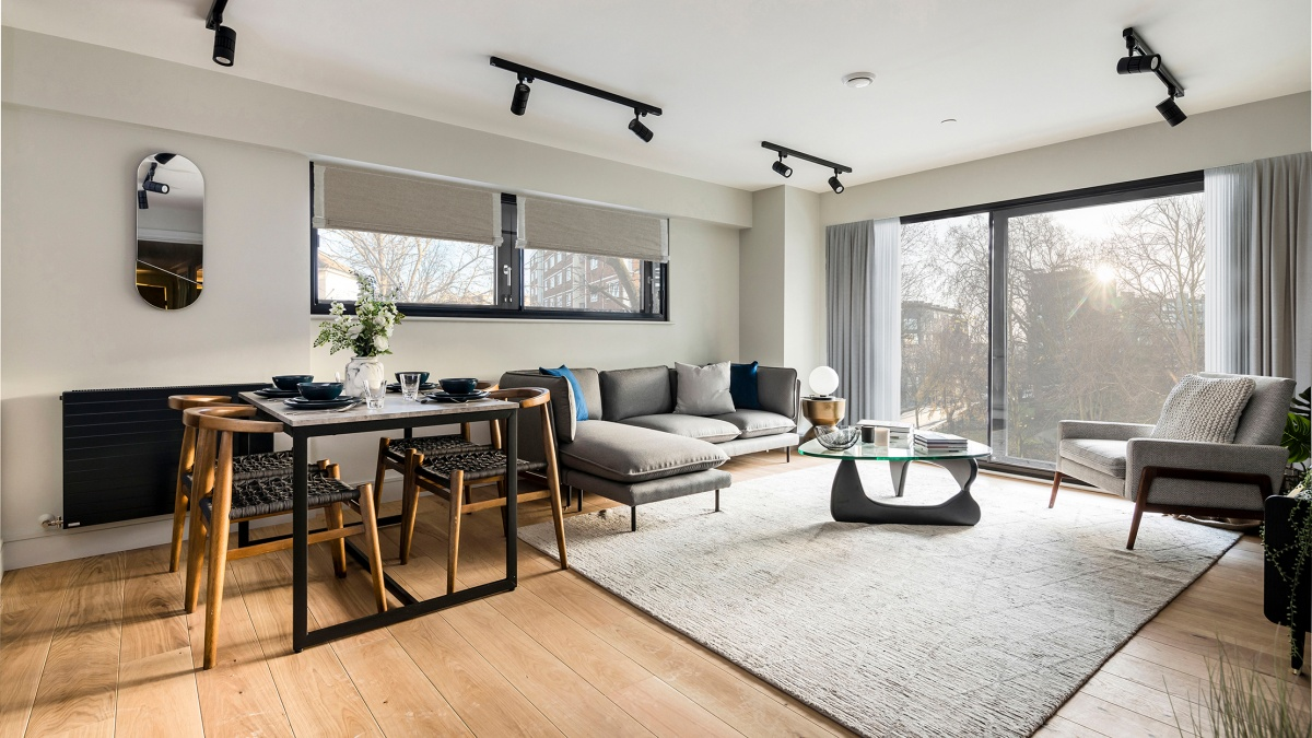 Open-plan living and dining area at Newham's Yard at Tower Bridge Road; ©Acorn Property Group.