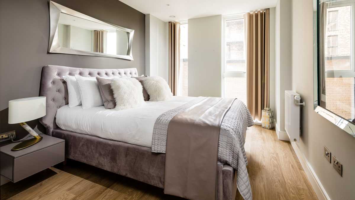 Bedroom area at a Wimbledon Grounds apartment, ©Galliard Homes.