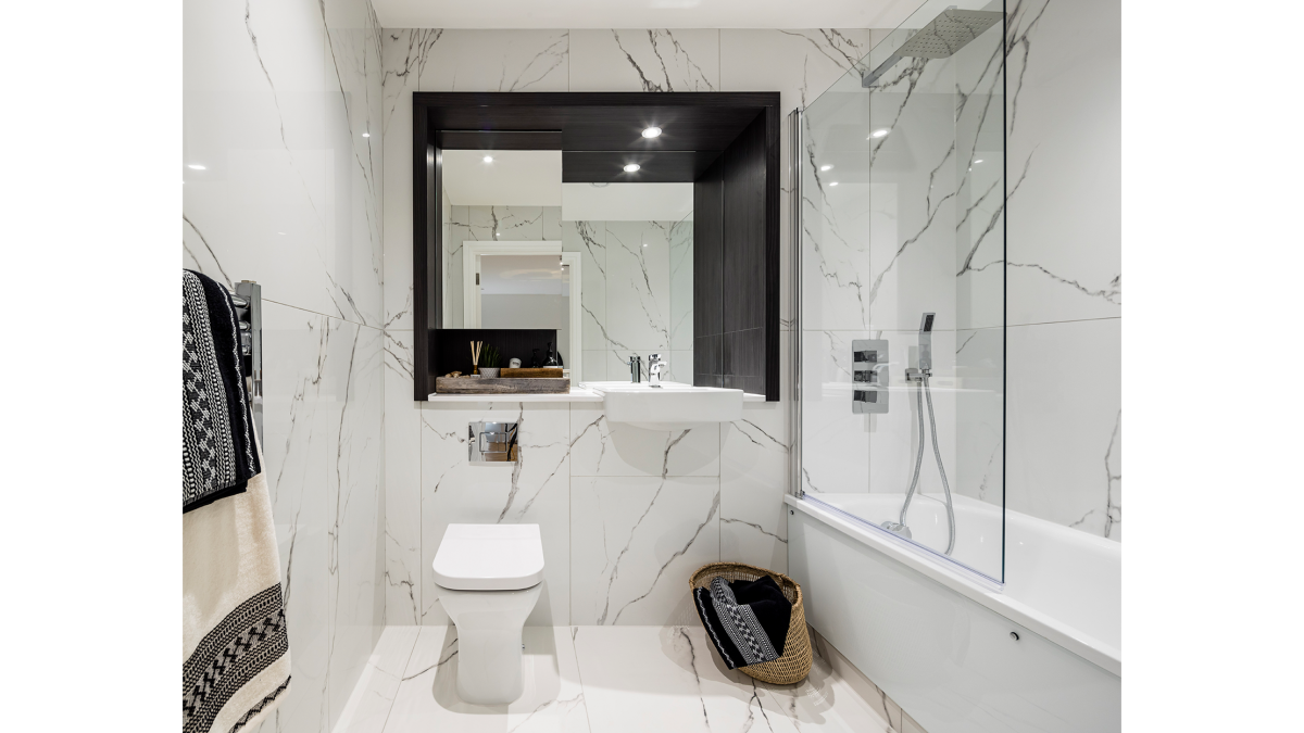 Bathroom at the Timber Yard show apartment, ©Galliard Homes.