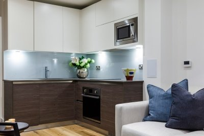 Kitchen area in a Galliard Homes show apartment, ©Galliard Homes.