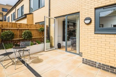 Private terrace and garden at the Silver Works townhouse show home, ©Galliard Homes.