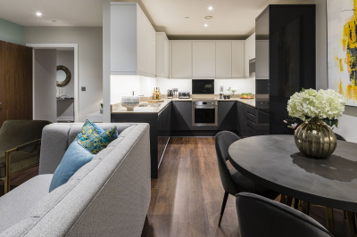 Open-plan living, kitchen and dining area at a Citypark Living apartment, ©Galliard Homes.