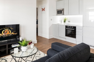 Kitchen and living area at a Galliard Homes apartment, ©Galliard Homes.