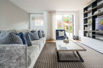 Living room at the Silver Works townhouse show home, ©Galliard Homes.